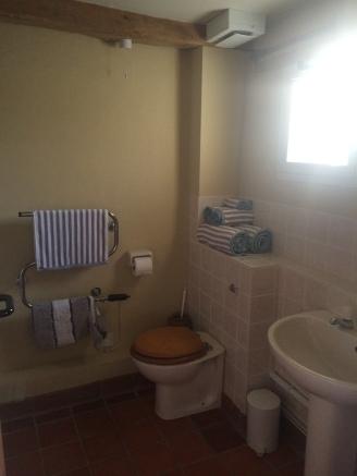 Blounts Bathroom